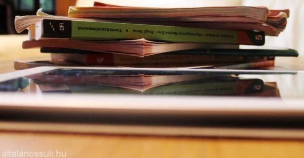 Tankönyv helyett tabletet kaphatnak az általános iskolások